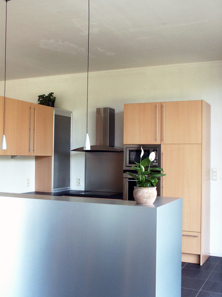 Moderne keuken in nieuwbouwwoning 11i interieurarchitectuur - Moderne interieurarchitectuur ...